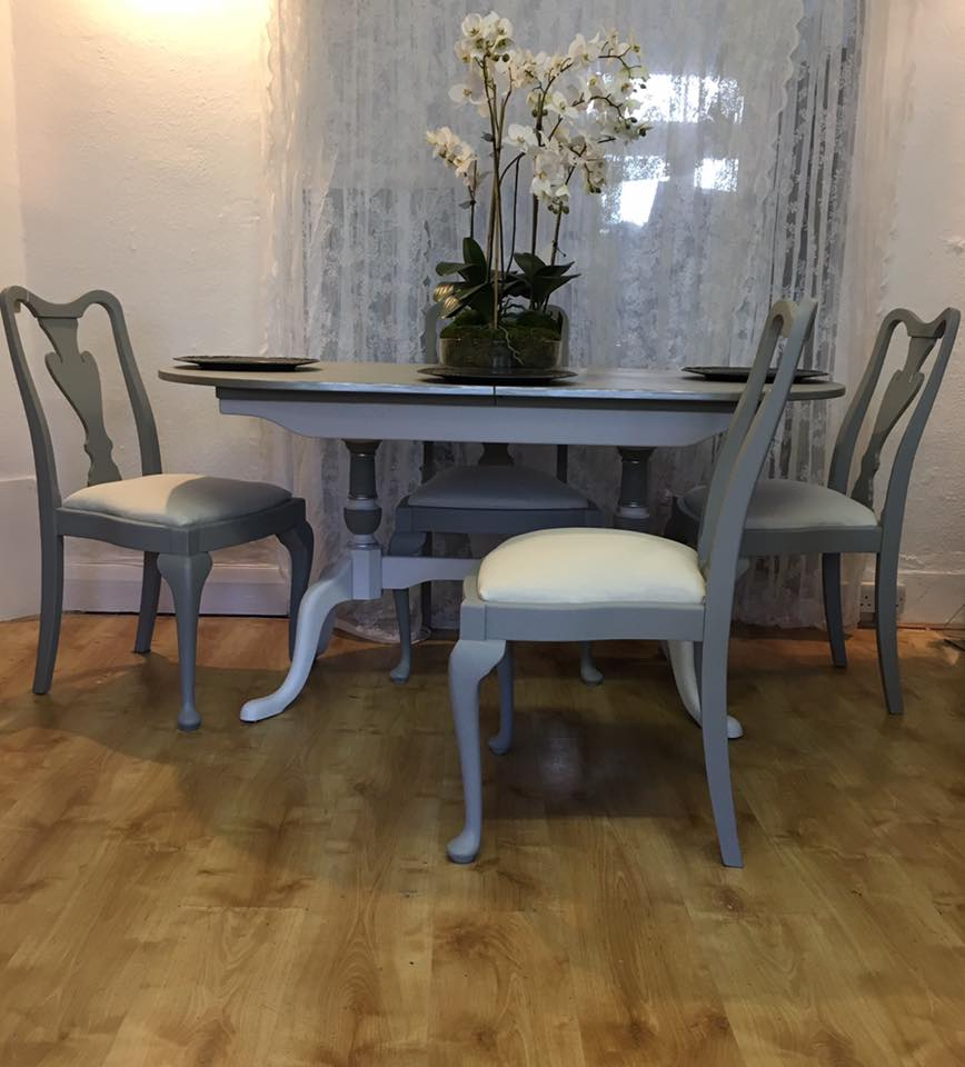 Chalk Painted Queen Anne Style Dining Table Chairs