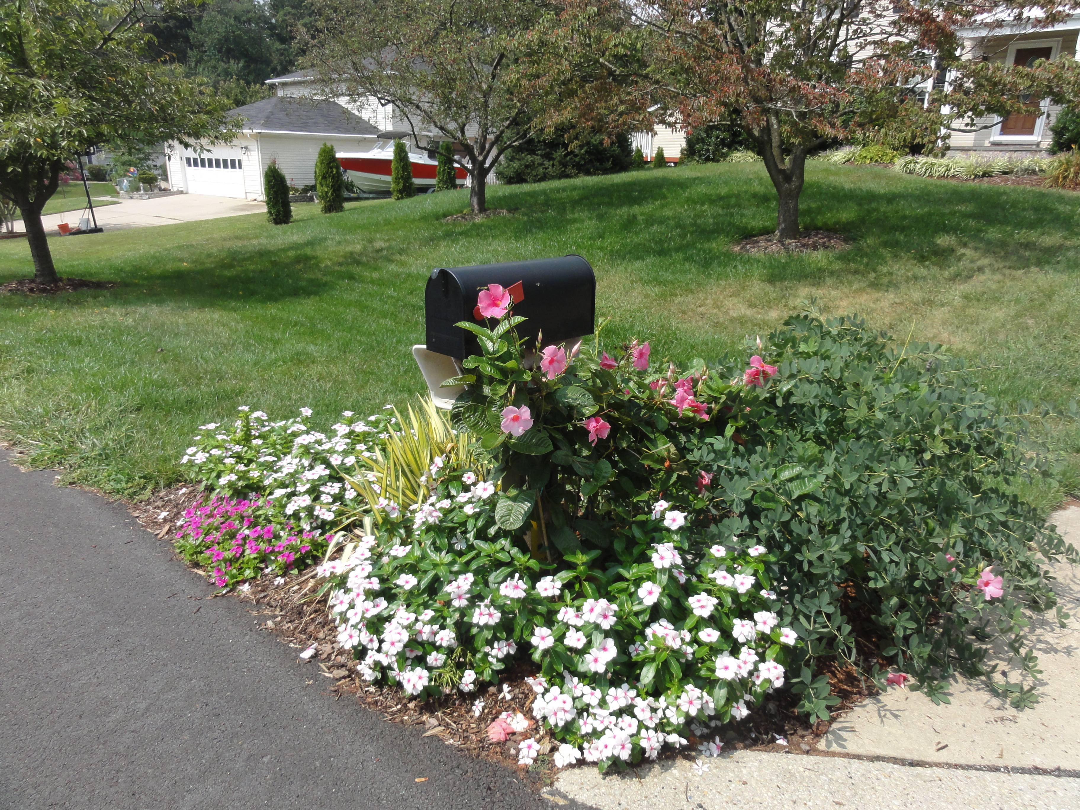 Decorating Mailbox Foot Driveway Garden Makeover Company