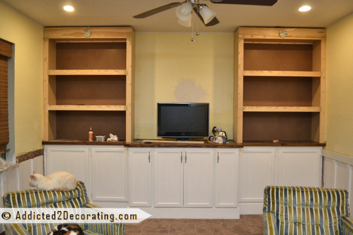 Diy Bookcases Trimmed