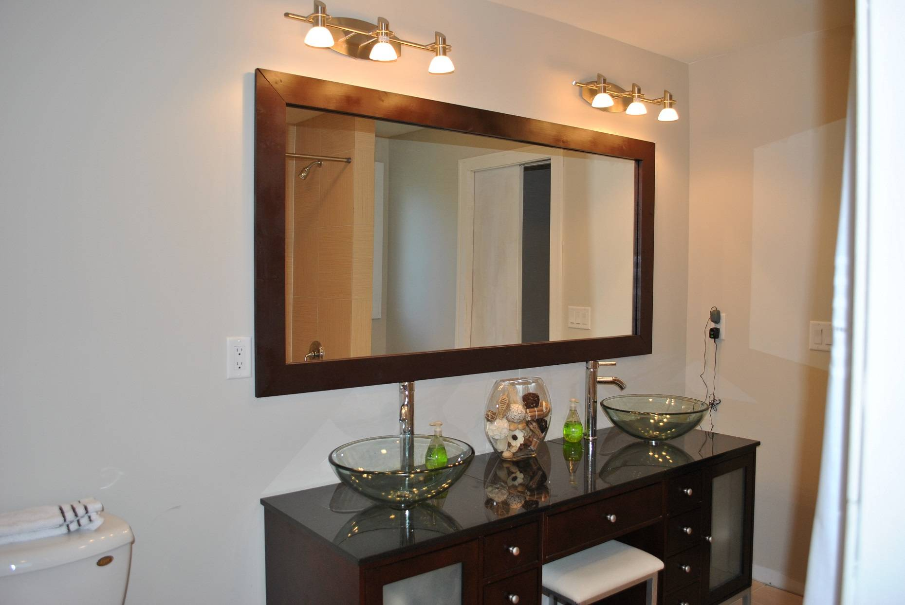Diy Vanity Mirror Scratch Old Dresser