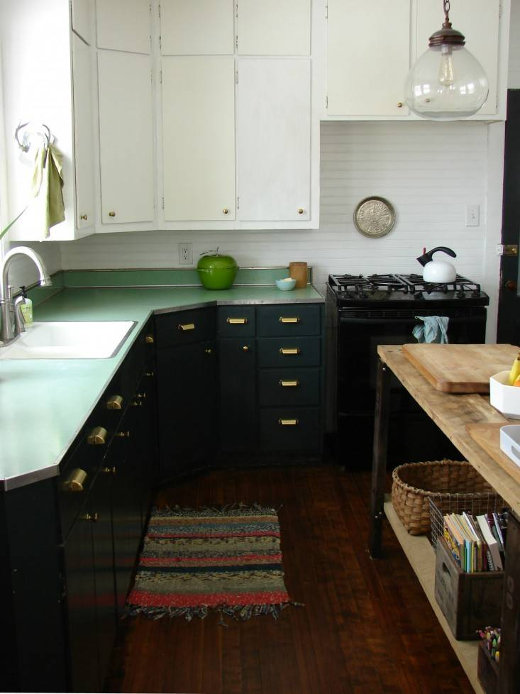 Expert Tips Painting Your Kitchen Cabinets