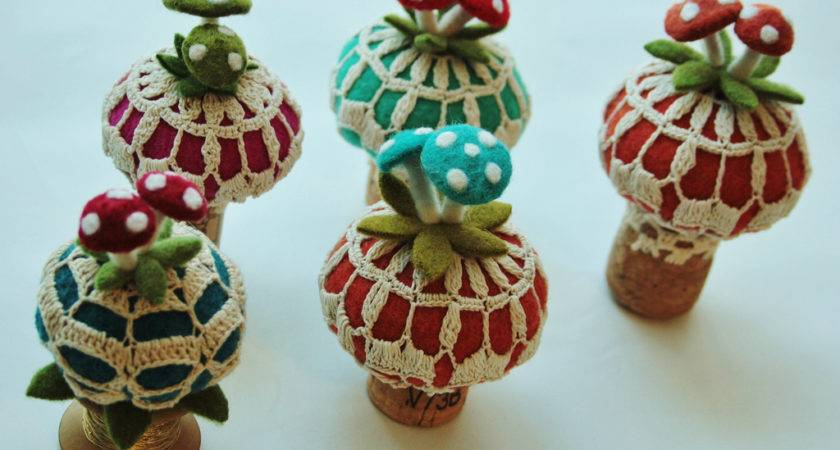 Make Wine Cork Ornaments Folly