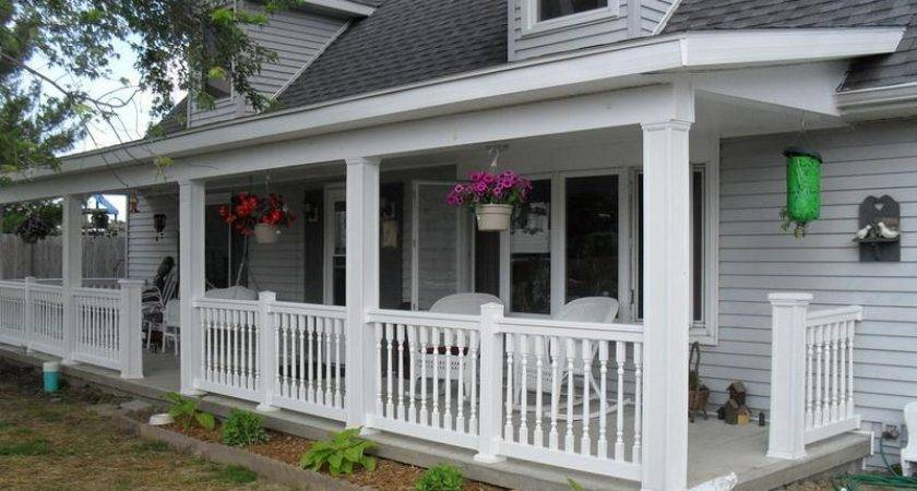 Outdoor Build White Front Porch